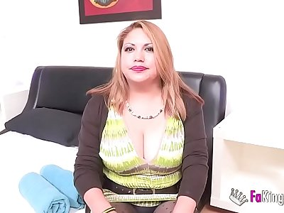 Busted! Filming a married woman with great peruvian titties