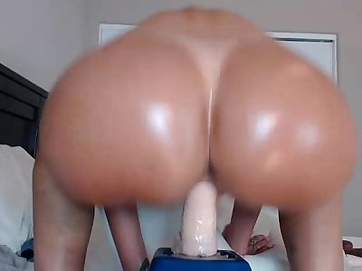 Sexy White Bitch Rides Cock In Ass